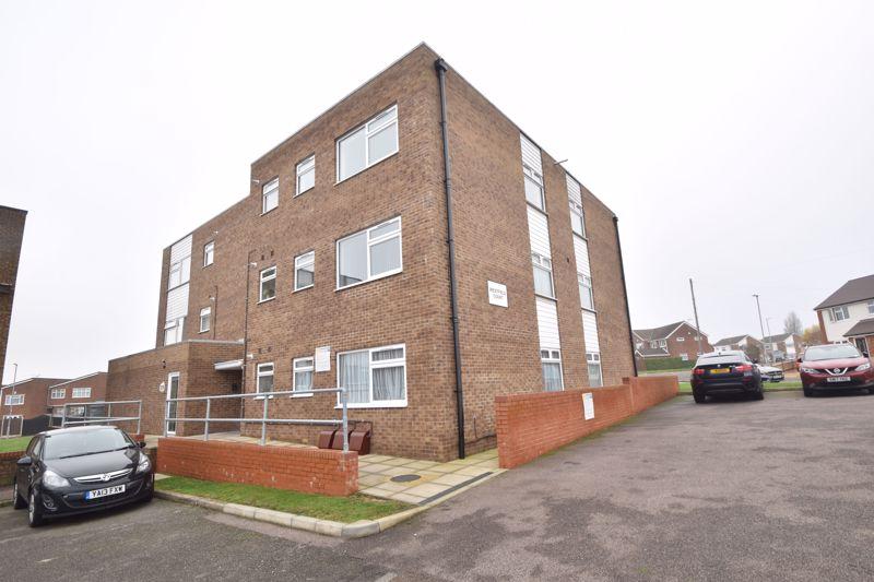 1 bedroom Apartment / Studio to buy in Handcross Road, Luton