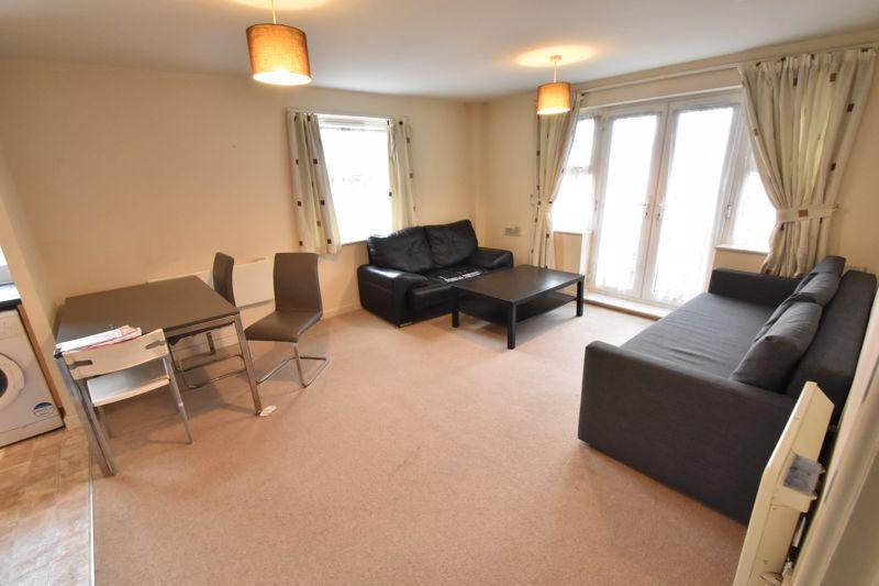2 bedroom Apartment / Studio to buy in Holly Street, Luton - Photo 1