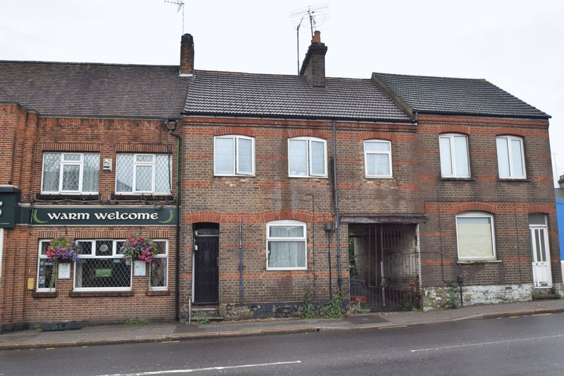 1 bedroom Flat to buy in Castle Street, Luton