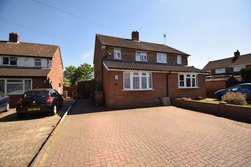 2 bedroom Semi-Detached  to buy in Newnham Close, Luton