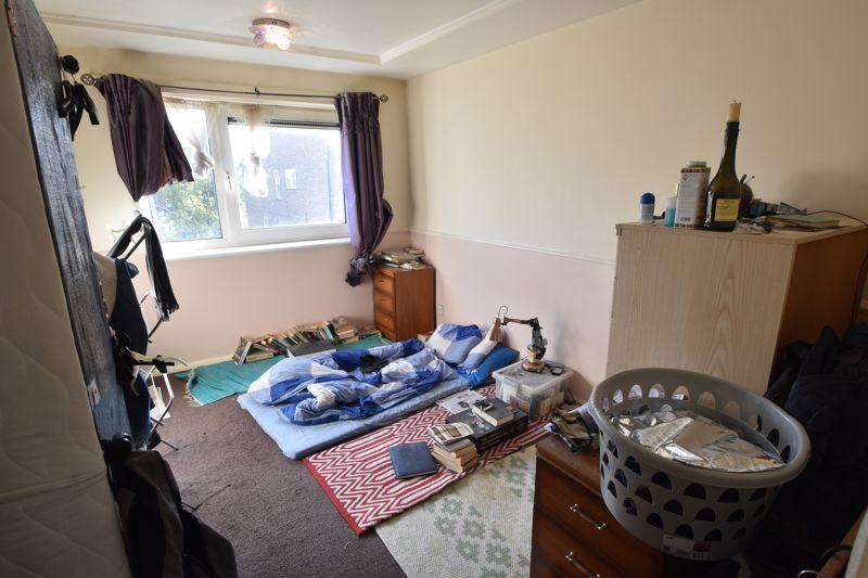 1 bedroom Flat to buy in Hastings Street, Luton - Photo 4