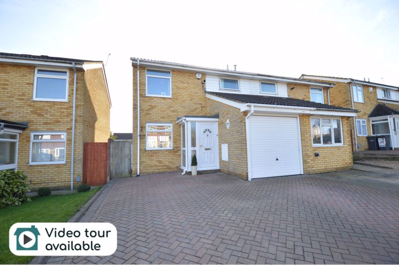 3 bedroom Semi-Detached  to buy in Waddesdon Close, Luton
