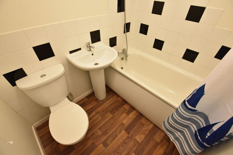1 bedroom Maisonette to buy in Enderby Road, Luton - Photo 6