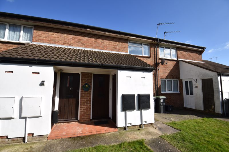 1 bedroom Maisonette to buy in Enderby Road, Luton