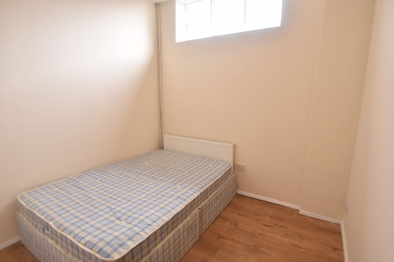 1 bedroom Apartment / Studio to rent in Hitchin Road, Luton - Photo 5