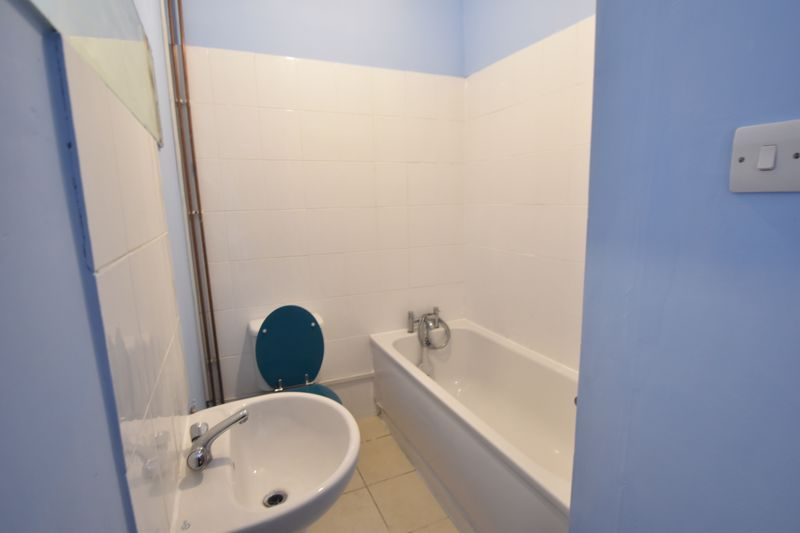 1 bedroom Apartment / Studio to rent in Hitchin Road, Luton - Photo 6