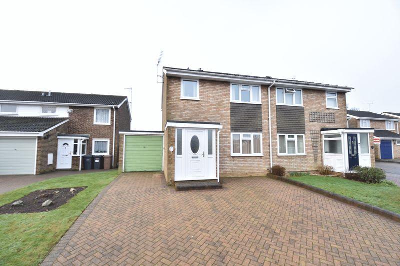 3 bedroom Semi-Detached  to buy in Buckingham Drive, Luton