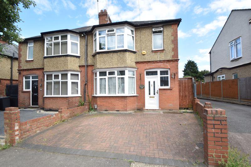 3 bedroom Semi-Detached  to buy in Seymour Road, Luton