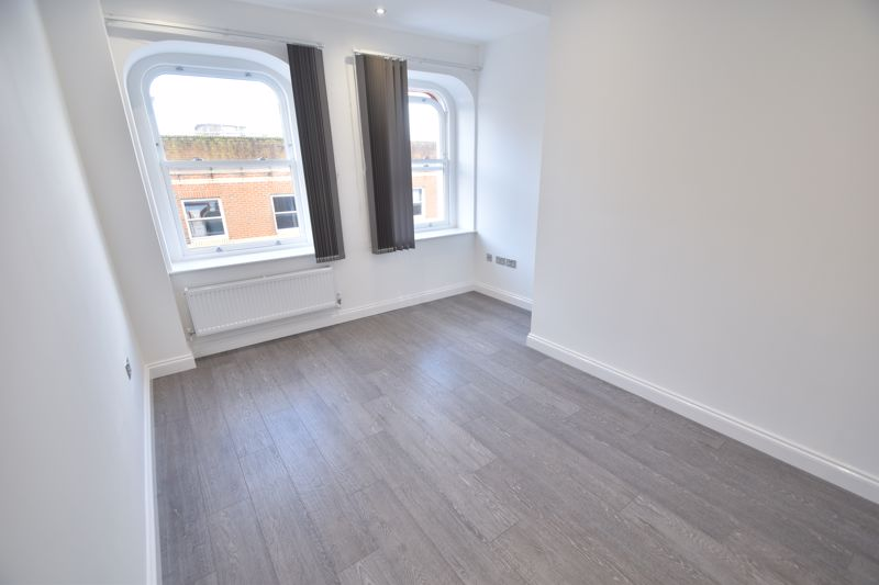 1 bedroom Flat to rent in King Street, Luton - Photo 10