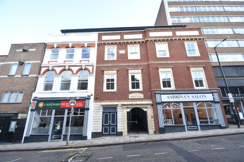 1 bedroom Flat to rent in King Street, Luton - Photo 2