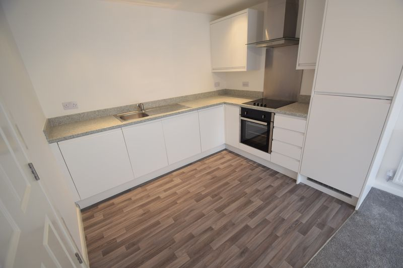 1 bedroom Flat to rent in John Street, Luton - Photo 2