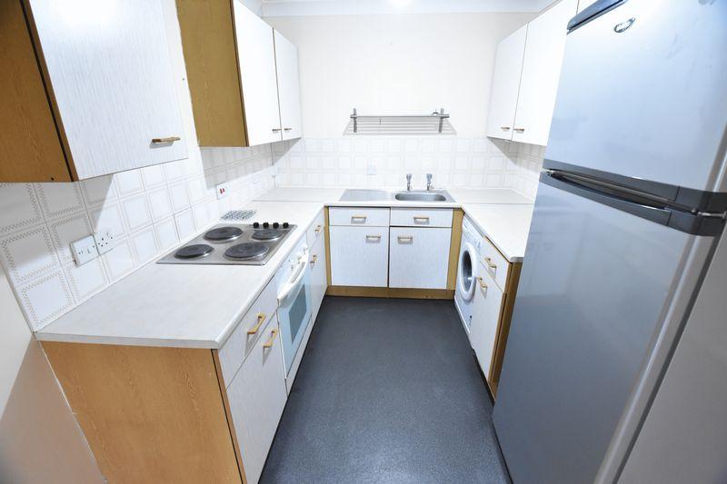 2 bedroom Flat to rent in Earls Meade, Luton - Photo 13