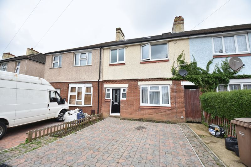 5 bedroom Mid Terrace to buy in Tower Road, Luton