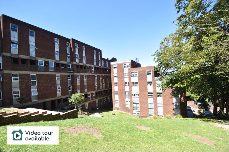 2 bedroom Flat to rent in Downs Road, Luton - Photo 13