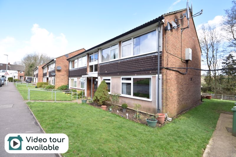1 bedroom Apartment / Studio to buy in Beeching Close, Harpenden