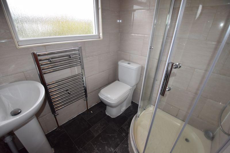 7 bedroom  to rent in Biscot Road, Luton - Photo 21