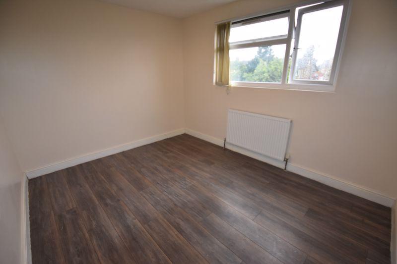 7 bedroom  to rent in Biscot Road, Luton - Photo 26