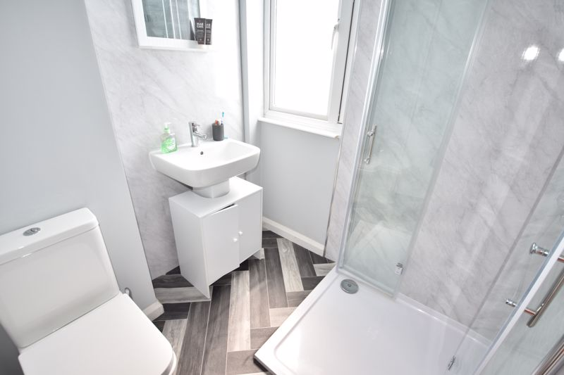 0 bedroom  to rent in Chertsey Close, Luton - Photo 5