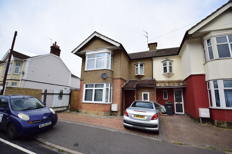 4 bedroom Semi-Detached  to buy in Mansfield Road, Luton