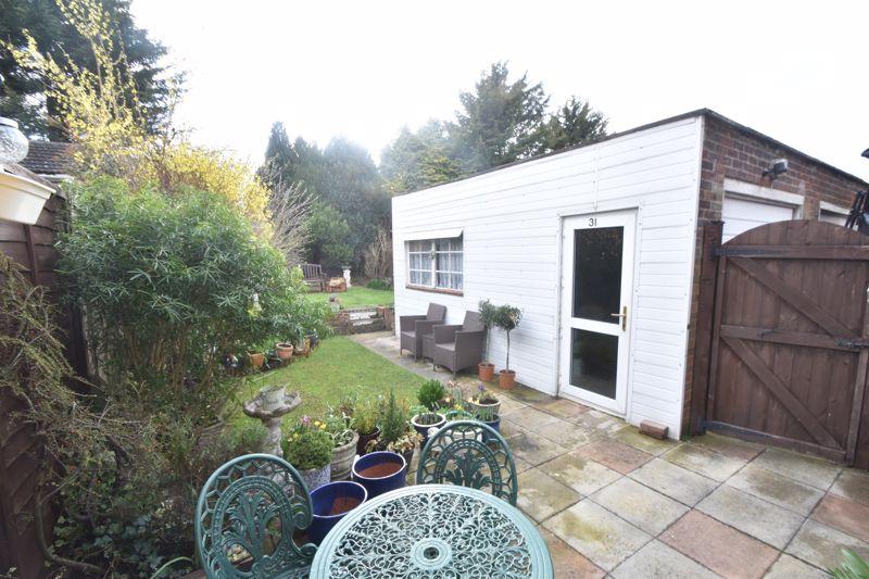 2 bedroom Semi-Detached  to buy in Sunningdale, Luton - Photo 11