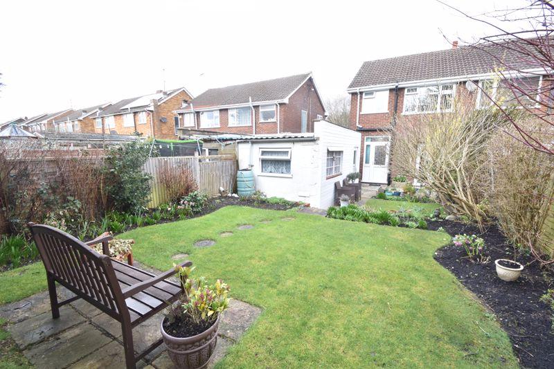 2 bedroom Semi-Detached  to buy in Sunningdale, Luton - Photo 16