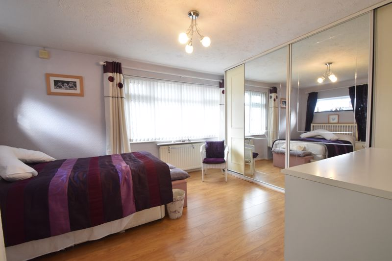 2 bedroom Semi-Detached  to buy in Sunningdale, Luton - Photo 23