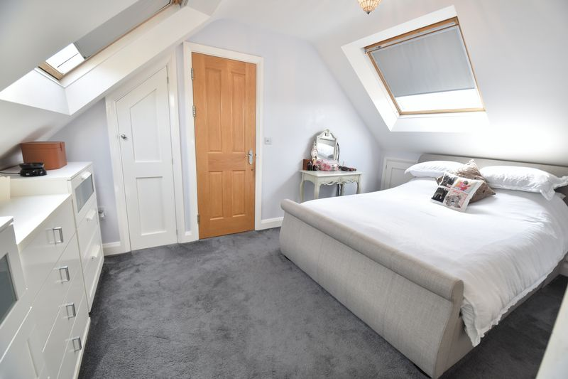 3 bedroom Bungalow to buy in Poplar Avenue, Luton - Photo 27