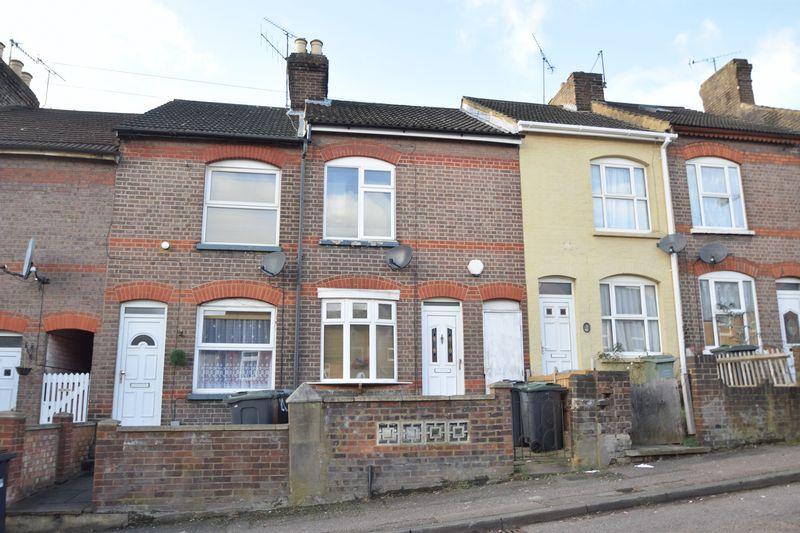 2 bedroom Mid Terrace to buy in Salisbury Road, Luton
