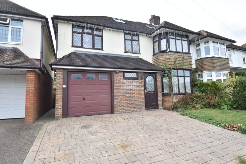 6 bedroom Semi-Detached  to buy in Cannon Lane, Luton