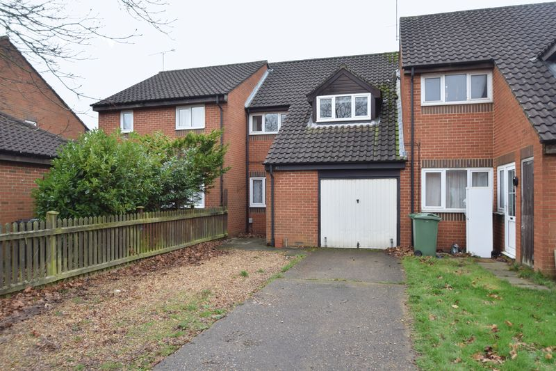 3 bedroom Mid Terrace to rent in New Woodfield Green, Dunstable