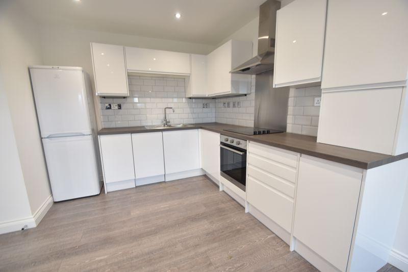 2 bedroom Flat to rent in King Street, Luton - Photo 9