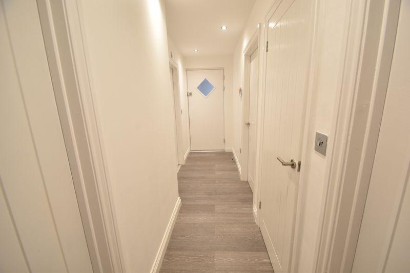 2 bedroom Flat to rent in King Street, Luton - Photo 11