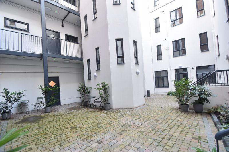 2 bedroom Flat to rent in King Street, Luton