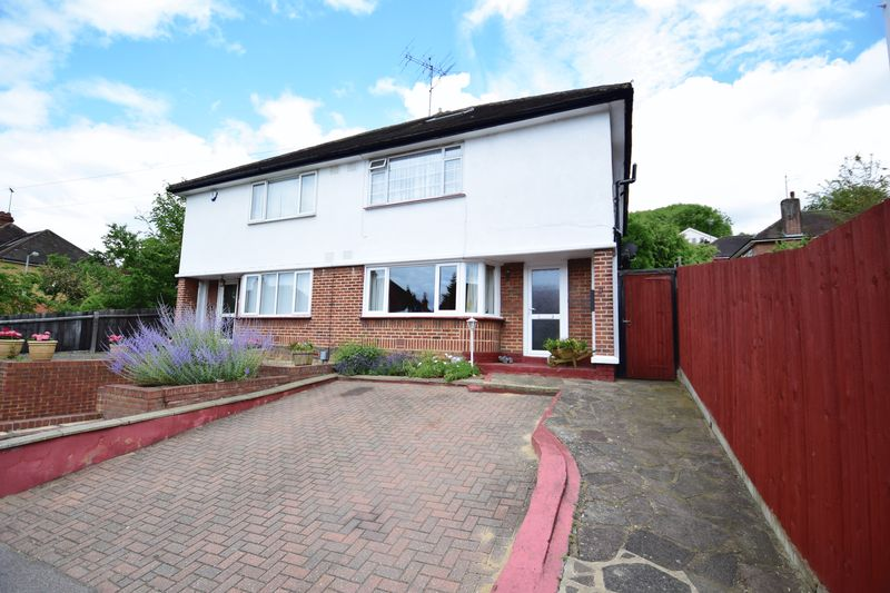 3 bedroom Semi-Detached  to buy in Elmwood Crescent, Luton