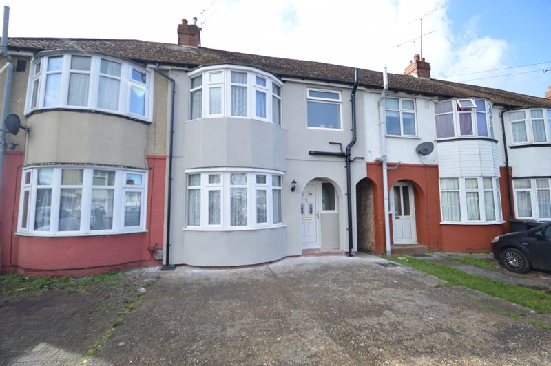 3 bedroom Mid Terrace to buy in Shelley Road, Luton