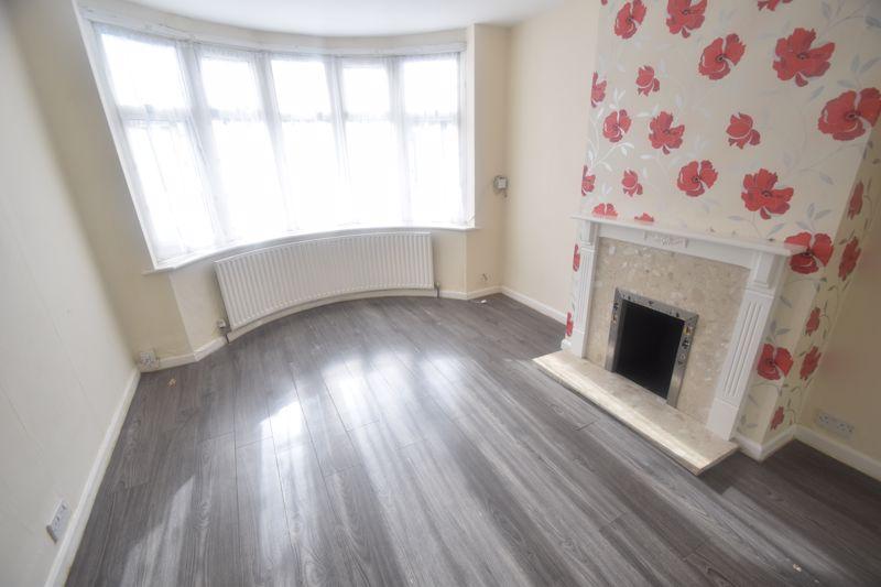 2 bedroom Semi-Detached  to rent in Cowper Street, Luton - Photo 6