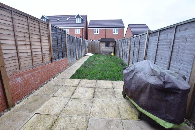 3 bedroom  to buy in Guardian Way, Luton - Photo 4
