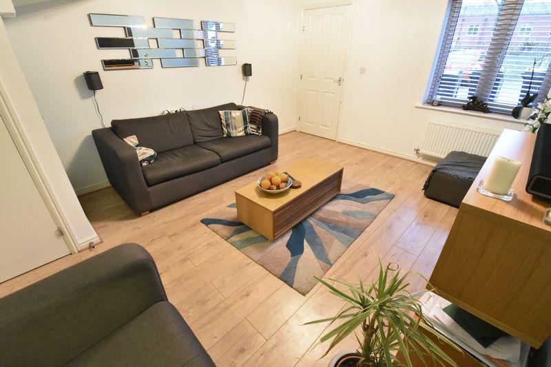 3 bedroom  to buy in Guardian Way, Luton - Photo 6