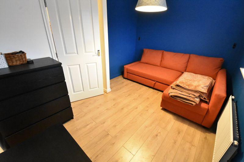 3 bedroom  to buy in Guardian Way, Luton - Photo 17
