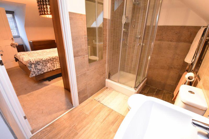 3 bedroom  to buy in Guardian Way, Luton - Photo 19