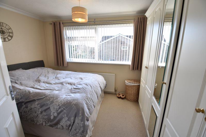 2 bedroom  to buy in Telscombe Way, Luton - Photo 10
