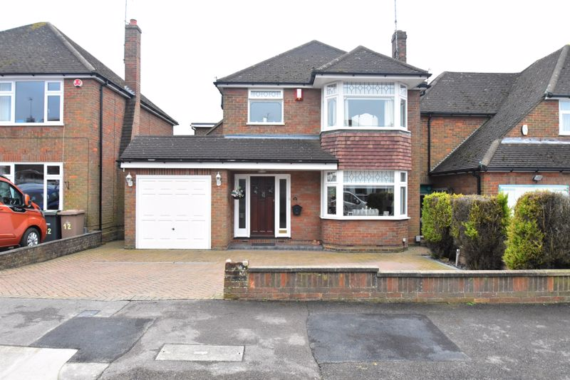 3 bedroom Detached  to buy in Egdon Drive, Luton