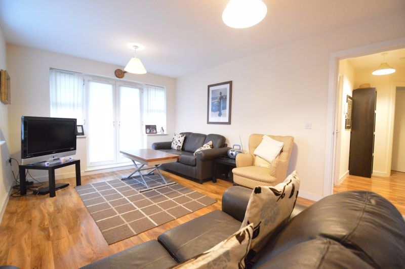 2 bedroom Apartment / Studio to buy in Holly Street, Luton - Photo 10