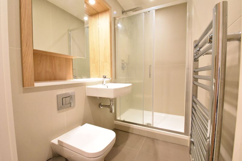 1 bedroom Apartment / Studio to buy in Flowers Way, Luton - Photo 2