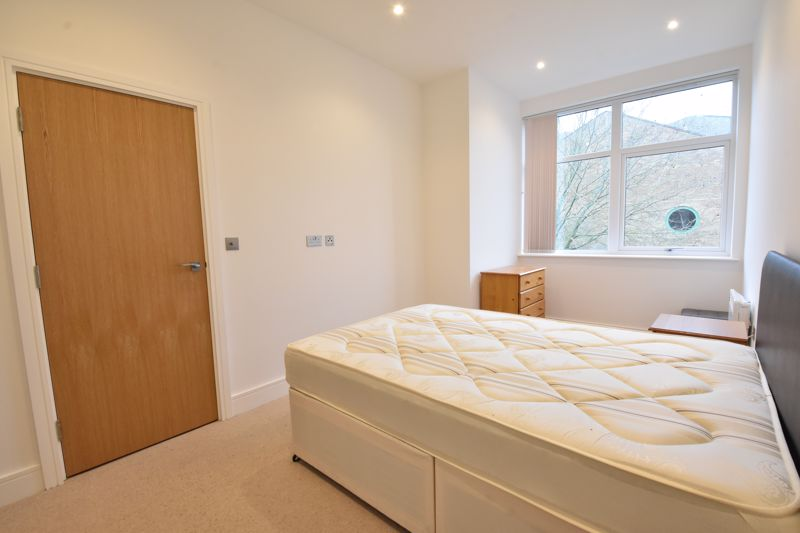 1 bedroom Apartment / Studio to buy in Flowers Way, Luton - Photo 9