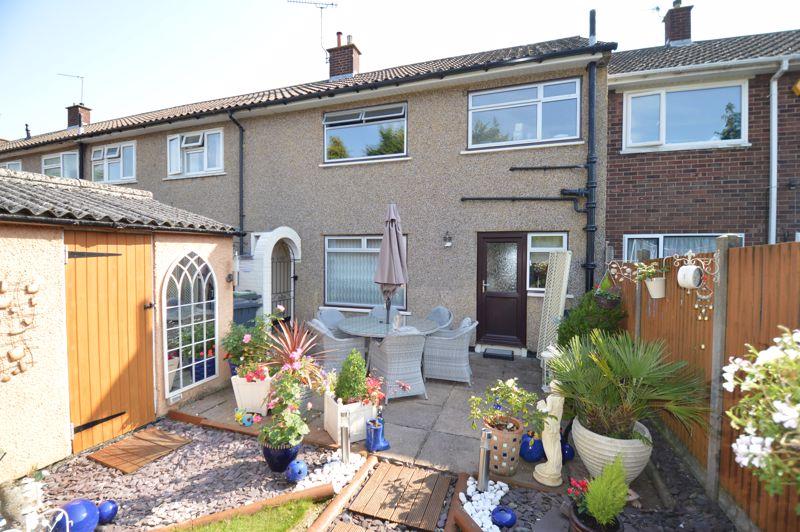 3 bedroom Mid Terrace to buy in Beadlow Road, Luton - Photo 15