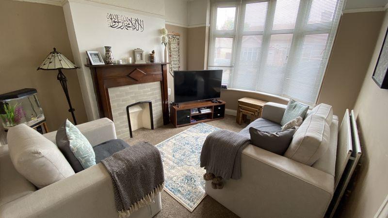 2 bedroom Mid Terrace to buy in St. Monicas Avenue, Luton - Photo 1