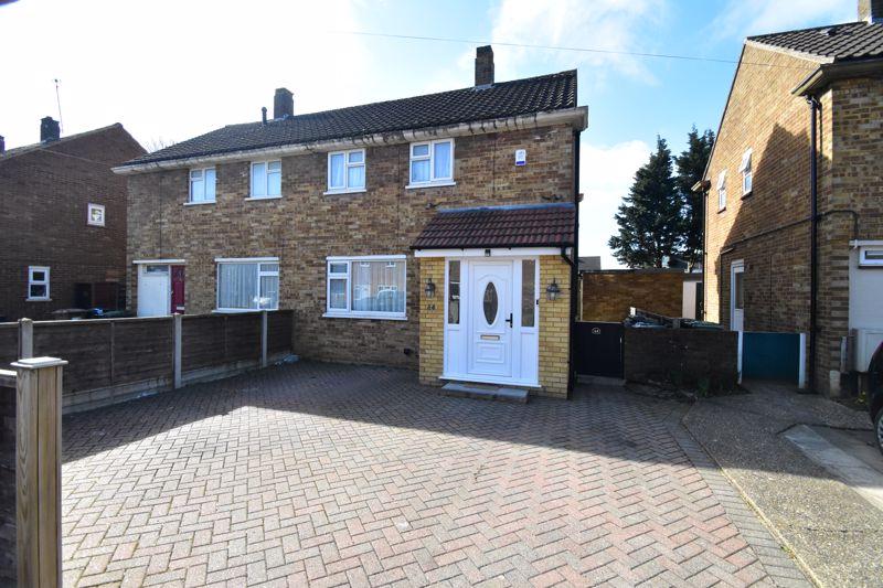 2 bedroom Semi-Detached  to buy in Littlefield Road, Luton - Photo 1