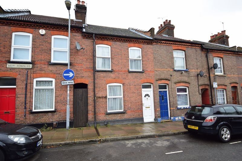 3 bedroom Mid Terrace to buy in New Town Street, Luton