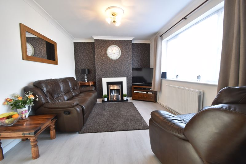 2 bedroom End Terrace to buy in Chesford Road, Luton - Photo 4